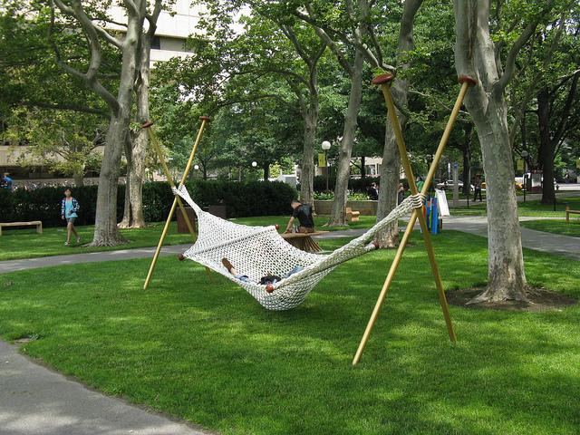 knitted-hammock.jpg