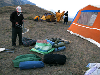 setting-up-the-campsite.jpg